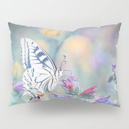 The Old World swallowtail butterfly Pillow Sham