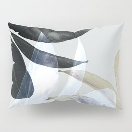 Moody Leaves II Pillow Sham