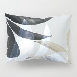Moody Leaves II Pillow Sham