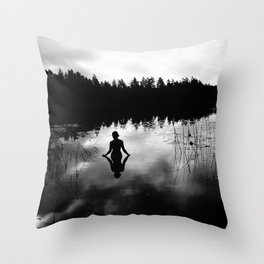 Reflecting Beauty BoW Throw Pillow
