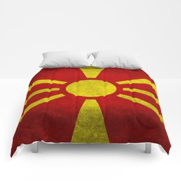 "Flag of Macedonia in ""Super Grunge"" Comforters"