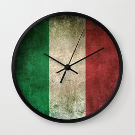 Old and Worn Distressed Vintage Flag of Italy Wall Clock
