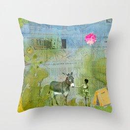 Eine Kleine Geschichte über die Liebe#1 Throw Pillow