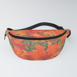 White Picket Fence / Daylilies / Flowers Fanny Pack