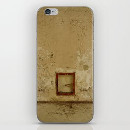 Ils ne pouvaient pas te voir // They couldn't see you iPhone Skin