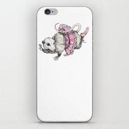 'Possum en Pointe iPhone Skin