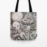 alien Tote Bags featuring Alien by Ju.jo.weh