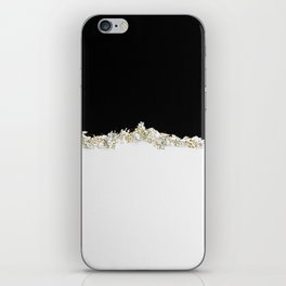 Christmasy minimalism iPhone Skin