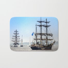 Majestic sailing view, Boston MA Bath Mat