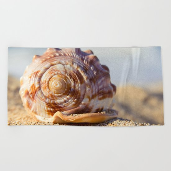 Hawaii Gentle Breeze Beach Towel