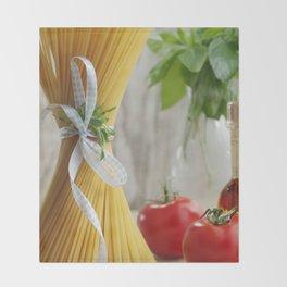 delicious pasta Throw Blanket