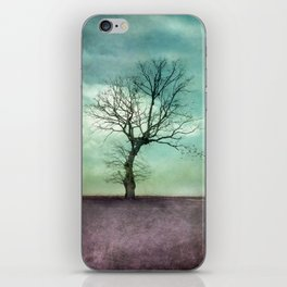 ATMOSPHERIC TREE I iPhone Skin