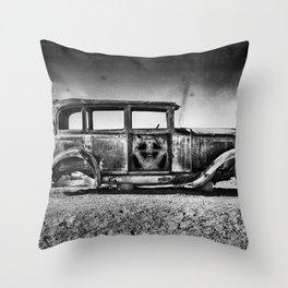 Rusting in Splendour Throw Pillow