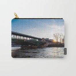 Sunrise over Bir-Hakeim bridge in winter - Paris Carry-All Pouch