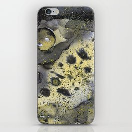 Viruses in space iPhone Skin
