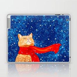 Tabby loves Snow... Laptop & iPad Skin