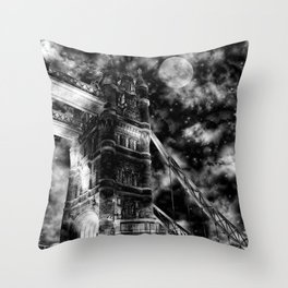London Bridge (Twinkle Stars Remix) Throw Pillow