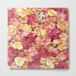 gold and pink roses floral pattern Metal Print