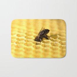 Licking bee Bath Mat