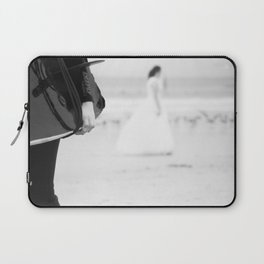 catch a wave and love Laptop Sleeve
