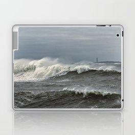 Big waves on the Back shore Laptop & iPad Skin