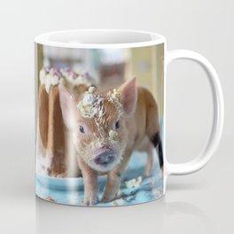 Funny pig and  the cake Coffee Mug