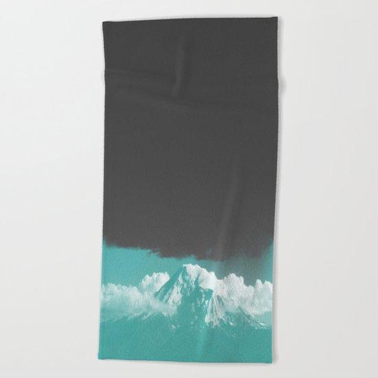 wilder mind Beach Towel