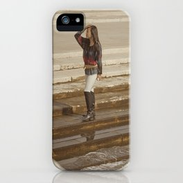 Mouvement iPhone Case