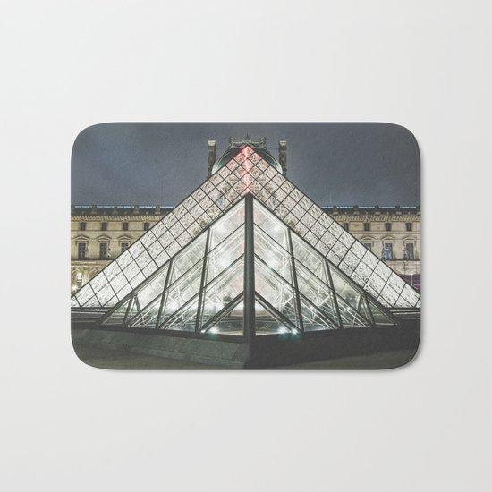 Paris pyramide Louvre 2 Bath Mat