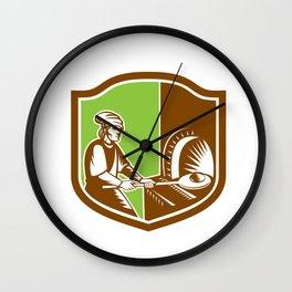 Baker Peel Bread Pan Shield Retro Wall Clock