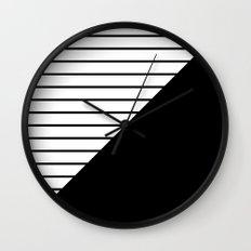 pokret Wall Clock