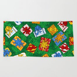 Christmas gifts pattern Beach Towel