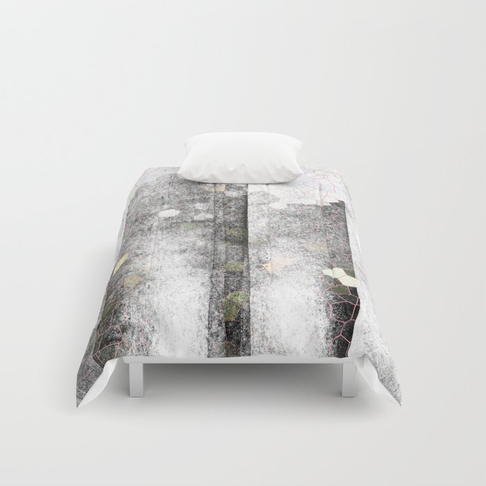 The dark towers Comforters