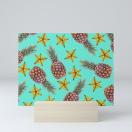 Starfruits - Pineapple pattern - turquoise background Mini Art Print