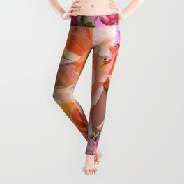 PINK-YELLOW ANTIQUE ROSES VIGNETTE Leggings