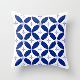 Blumen Throw Pillow