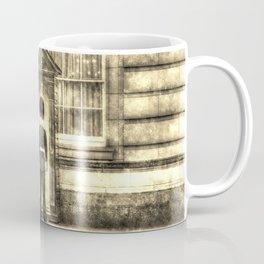 Buckingham Palace Queens Guard Vintage Coffee Mug