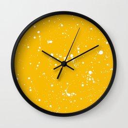 Livre I Wall Clock