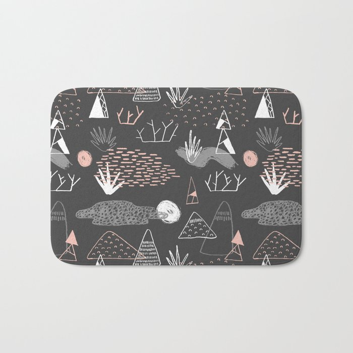 Mountain Pattern Bath Mat