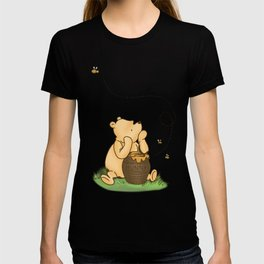 Classic Pooh with Honey - No background T-shirt