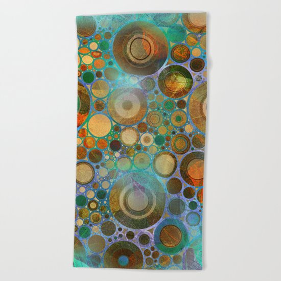 Abstract Circles Pattern Beach Towel