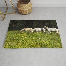 Horses In a Field Rug