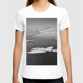 B-17F Flying Fortress Bombers over the Southwest Pacific T-shirt