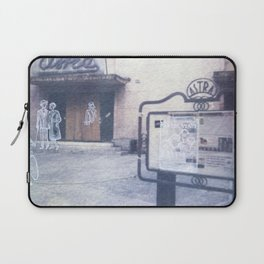 The city remembers; cinema Laptop Sleeve