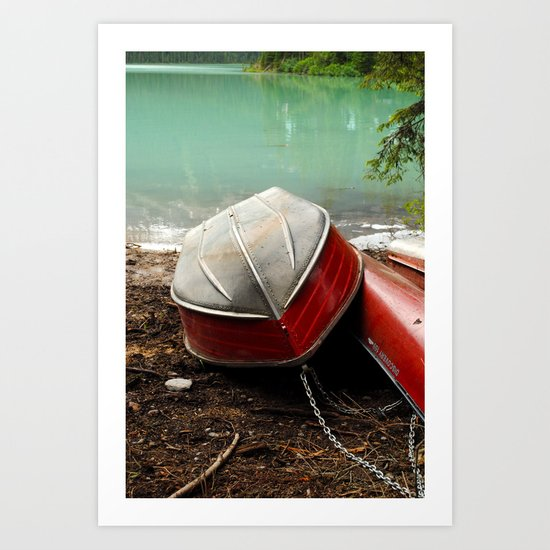 Emerald lake Boat Art Print