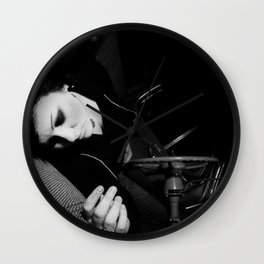this is a selfish self-awareness, chapter 4 (part 2) Wall Clock