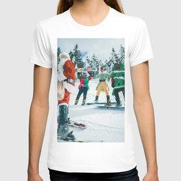 Santa Claus in the snow T-shirt