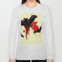 DECORATIVE FLYING BLACK BATS & HALLOWEEN BLOODY ART Long Sleeve T-shirt
