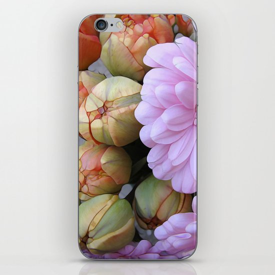 Daisy Loves Tulips iPhone Skin
