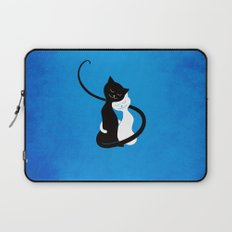 White And Black Cats In Love Laptop Sleeve